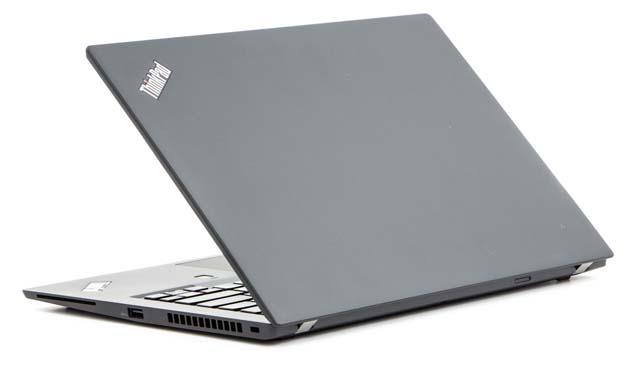 Lenovo ThinkPad T480s - rzut z tyłu