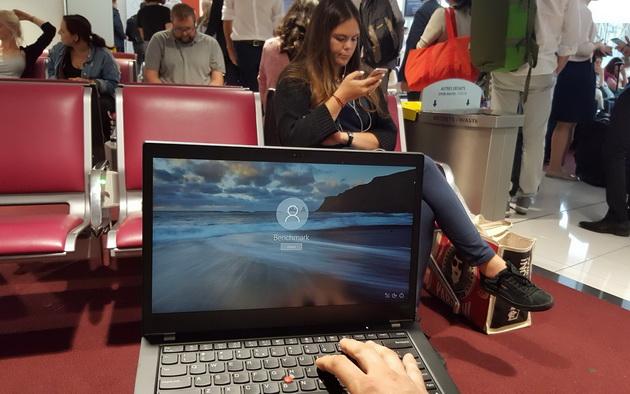 Lenovo ThinkPad T480s - w oczekiwaniu na samolot