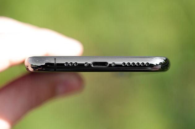 iPhone XS - głośnik