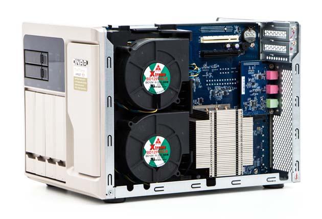 QNAP TS-677 chłodzenie