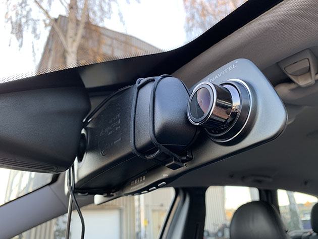 Navitel MR250 - wideorejestrator w lusterku