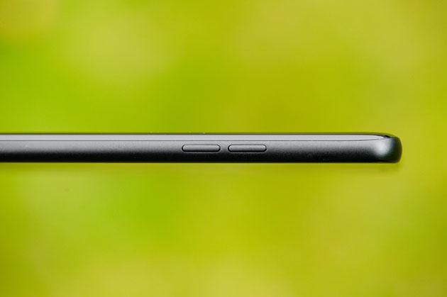 LG G7 fit - metalowa ramka