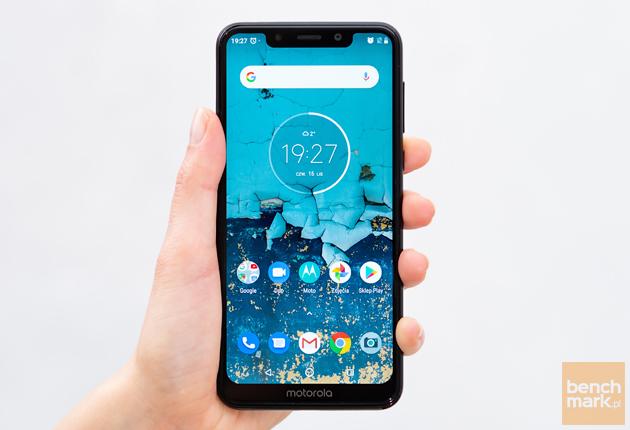 Motorola One ekran