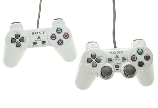 PlayStation Classic - porównanie gamepadów z pierwszym Dual Shock