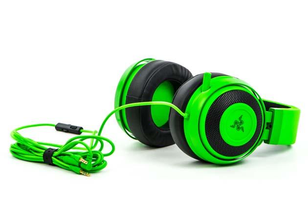 Razer Kraken Pro V2 - słuchawki z kablem i przedłużaczem