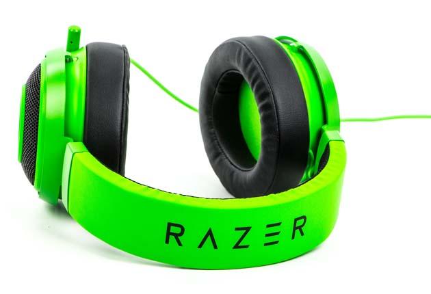 Razer Kraken Pro V2 - napis Razer