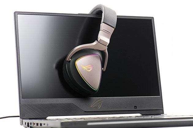 ASUS ROG Delta - słuchawki LED RGB