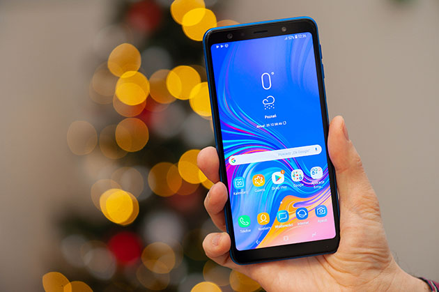 Samsung Galaxy A7 2018 - wyświetlacz