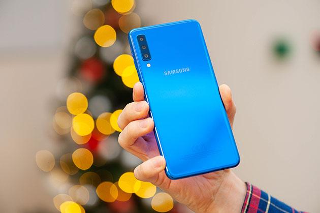 Samsung Galaxy A7 2018 - obudowa