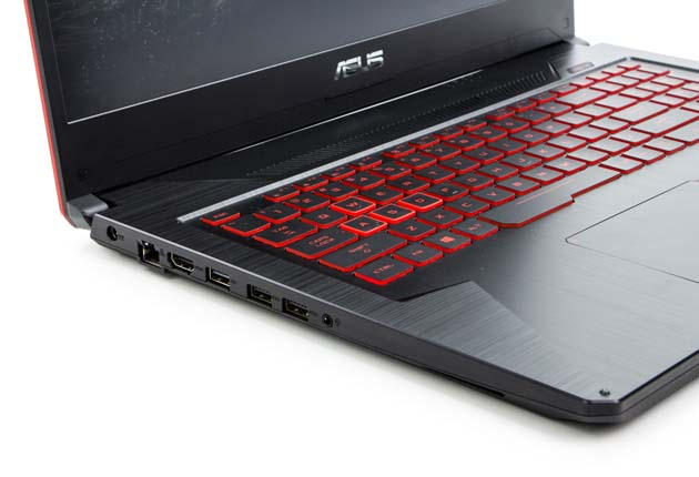 Asus TUF Gaming FX705GD-EW070 lewy bok