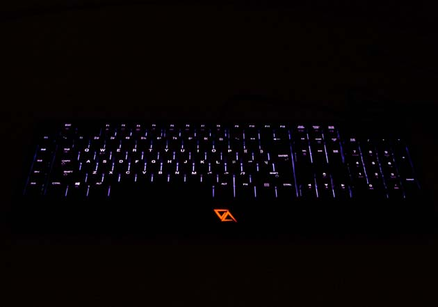 CA Gaming Grizzly - podświetlenie