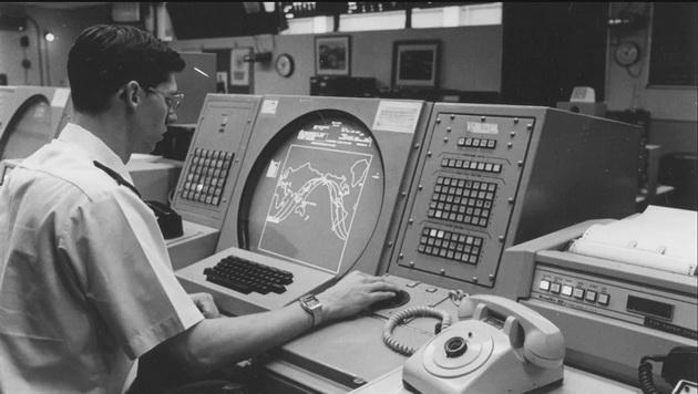 Fallout - analityk w NORAD