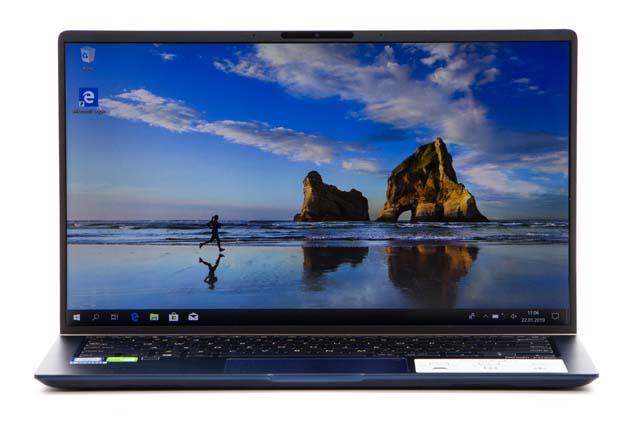 Asus ZenBook UX433 przód