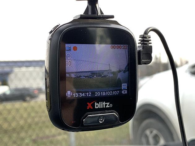 Xblitz Z9 - tania kamera do samochodu do 200 zł