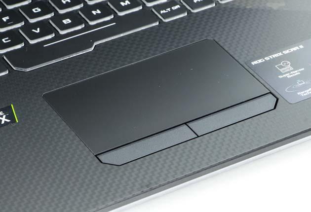 ASUS ROG Strix Scar II (GL704GW-EV002T) touchpad