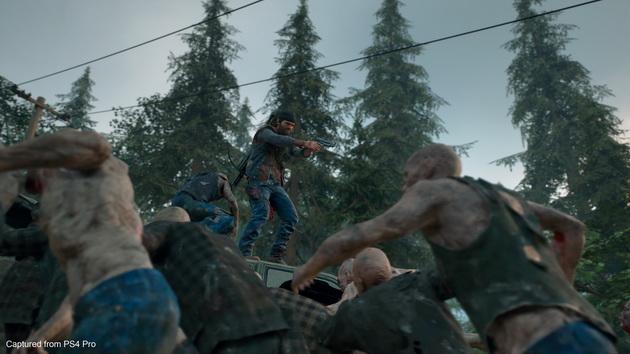 Days Gone - bohater broni się przed zombie
