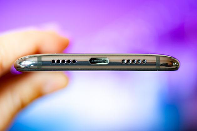 Xiaomi Mi 9 - USB typu C