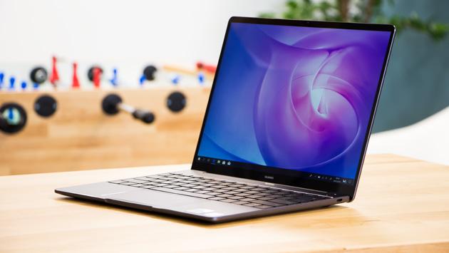 Huawei MateBook 13 - profil przód
