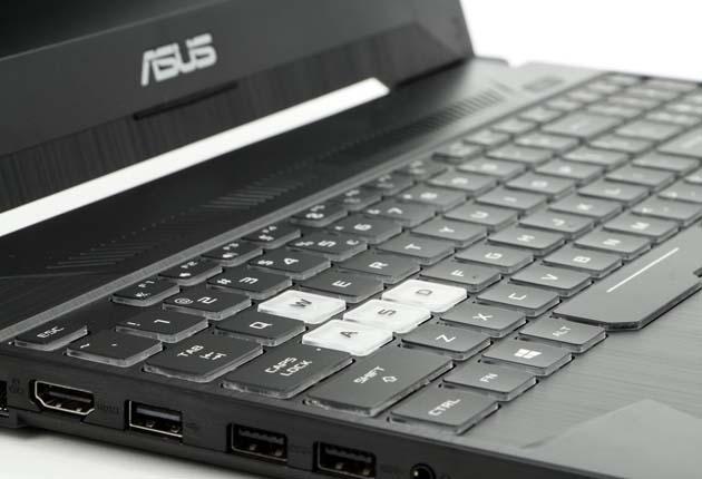 Asus TUF Gaming FX505DU klawiatura