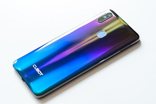 Cubot Max 2 - telefon z dużą baterią i dużym ekranem