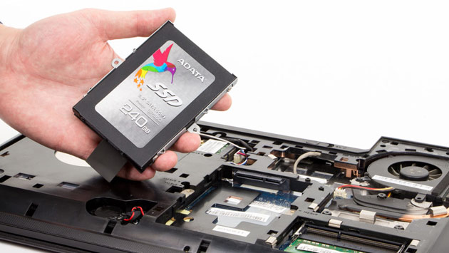 Czy warto kupić laptop z dyskiem SSD?