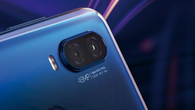 Motorola One Vision - smartfon, który ma Samsunga wewnątrz