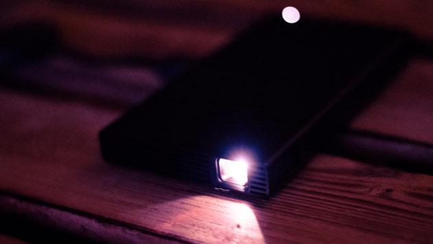 Sony MP-CD1 - recenzja kieszonkowego projektora